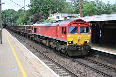 66206 passes Welwyn North at 1420/6o57 Doncaster Decoy to Angerstein Wharf with 36 x SSA Wagons     03/06/20