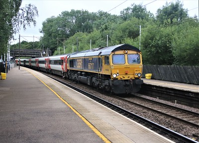66717 passes Bayford at 0835/5Z91 Bounds Green to Doncaster stock move with BN05 and 82210    04/07/20