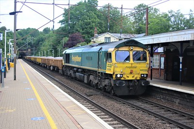 66594 passes Welwyn North at 0832/6Y71 Whitemoor to Alexander Palace engineers train    20/06/20