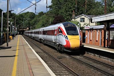 801209 passing Welwyn North 1523/1E12 Edinburgh-Kings Cross   24/05/20
