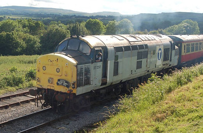 One last shot of 37250 as it pulled away from Redmire with the delayed 1735.