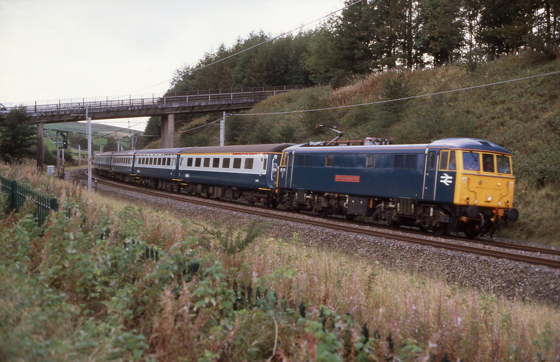 86101 Sir William Stanier storms round the corner at Beckfoot with a Crewe-Carlisle-Crewe coaching stock test run. 2/10/2008