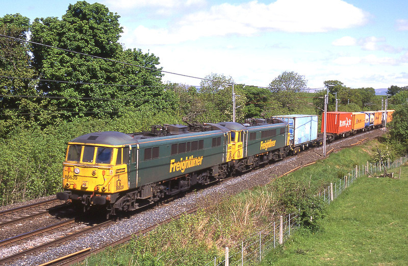 86639 and 86605 near Oxenholme with an extra Saturday freightliner, 1/6/2013.