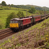 86225 Hardwicke lifts its train out of Oxenholme, 31/5/2000.