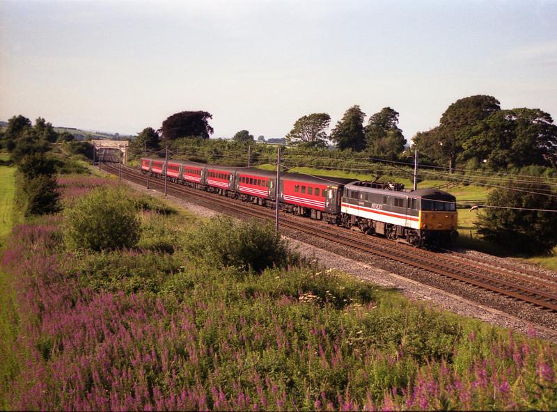 86207 City of Lichfield thunders pass Elmsfield 22/7/2000