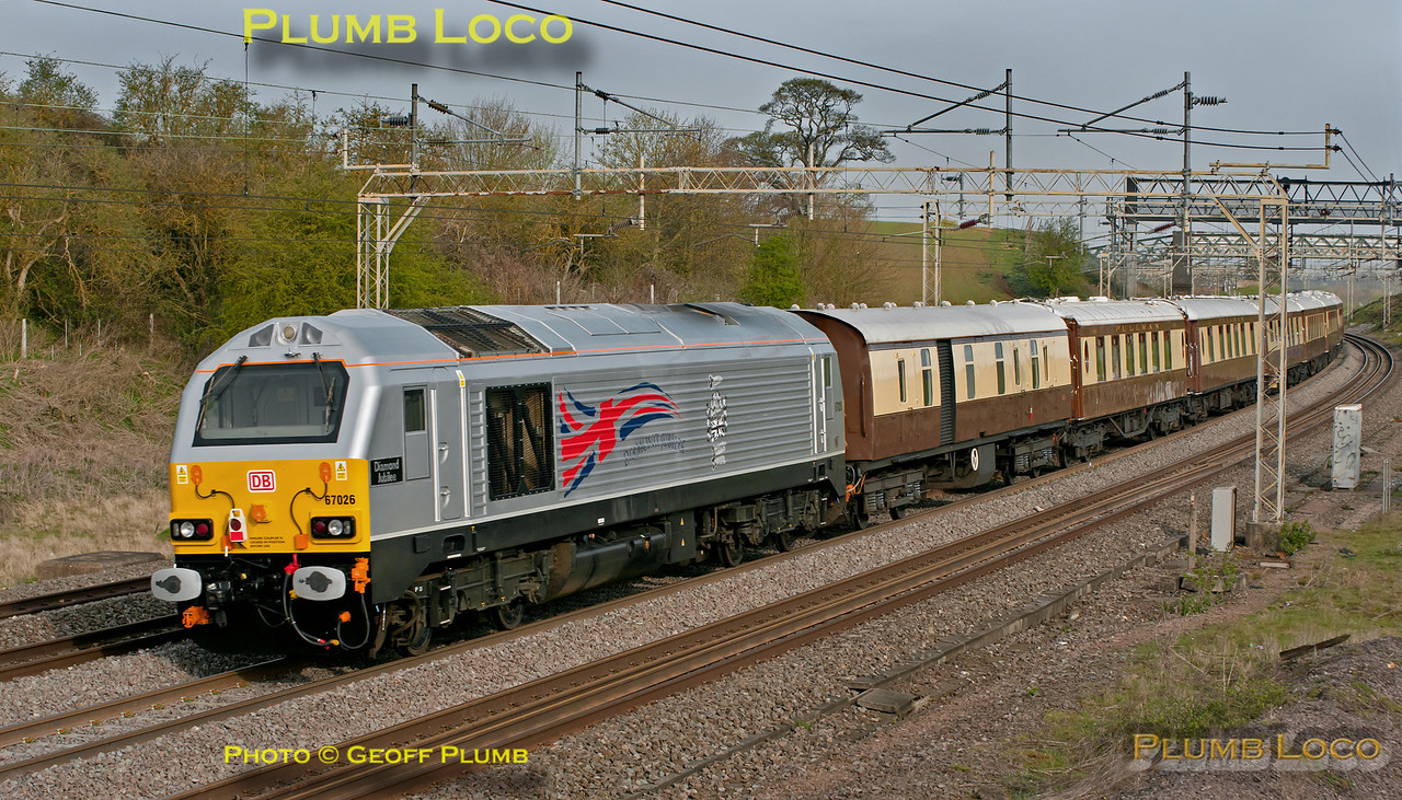 """The VSOE is on its way from London Victoria to Runcorn for the Grand National, with 67006 """"Special Delivery leading the train and 67026 """"Diamond Jubilee"""" bringing up the rear. This was 1Z58, 07:15 from Victoria, now heading north on the down slow of the WCML at Old Linslade, 08:30, Saturday 14th April 2012. Digital Image No. GMPI11587. More shots to come from today, but I'm not feeling very well and am very tired having had virtually no sleep..."""