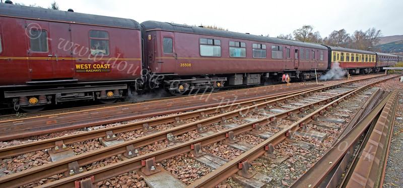 Tour Train in Crianlarich Station - 27 October 2012