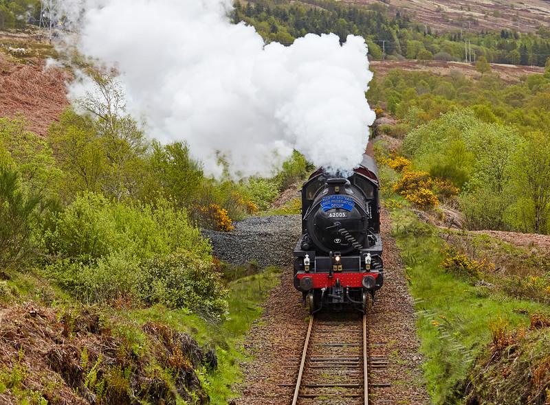 Steam Loco 62005 near Garelochhead - 17 May 2015