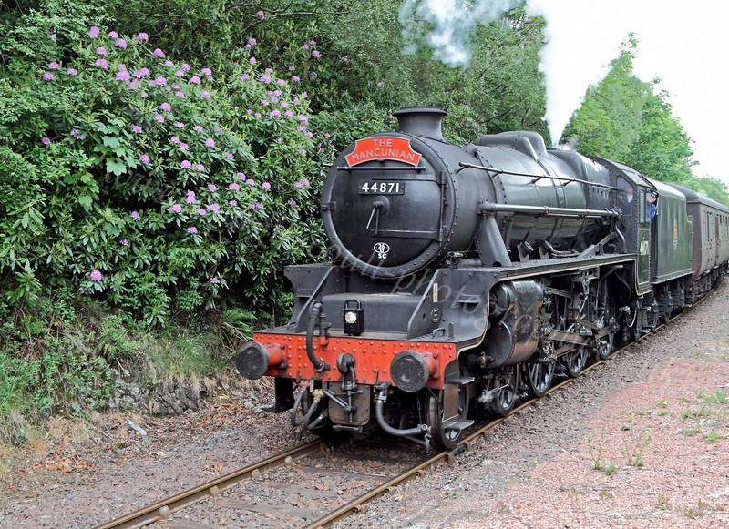 LMS Class 5MT 4-6-0 - 44871 - Arriving at Garelochhead Station - 2 June 2012