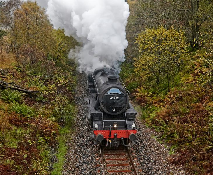 Steam Locomotive (45407) Leaving Crianlarich - 26 October 2013