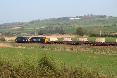 37087 and 37667. 19/04/11.