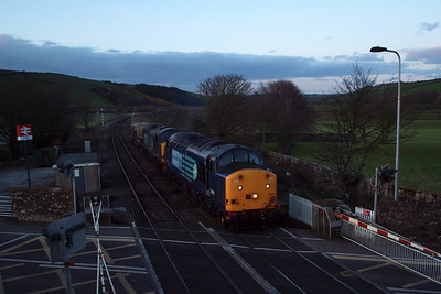 6M22 approaches St Bees, with 37603 at the helm - flasks from Hunterston to Sellafield, 04/04/12.