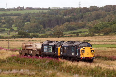37087 Keighley & Worth Valley Railway with its split headcode boxes leading 37194 with 6M60 Seaton - Sellafield. 08/08/11.