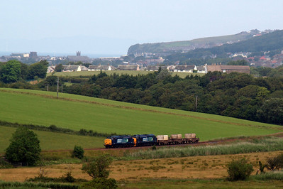 37602 and 37218 pass Linethwaite on 6C53. 09/07/11.