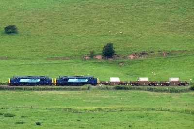 37602 and 37218 at the helm of 6C53. 09/07/11.
