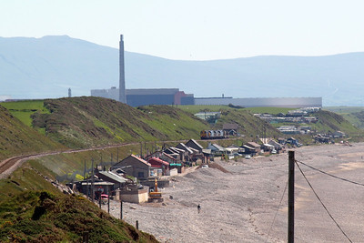 Looking along the coast at Nethertown, with THORP in the background, as 6C46 approaches steadily, 26/05/12.