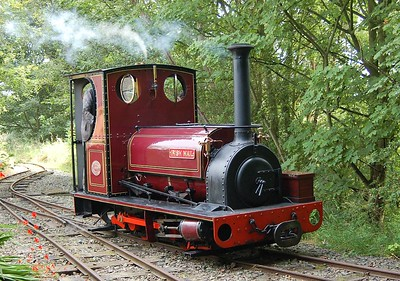 Irish Mail entering the loop at Delph Station.