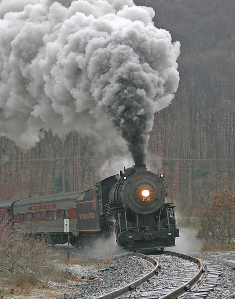 #734 WMSR rounds a frozen Helmstetter's Curve (note the iced tracks) Western Maryland Scenic Railroad