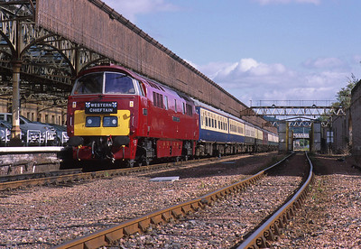 Perth: This was the furthest north a class 52 had ever been. And it was about to go further! Running in mid-summer, the 'Western Chieftain' tour to Kyle of Lochalsh saw the sun still up at 10 o'clock in the evening as it crossed Culloden Viaduct on the approach to Inverness.19/6/09