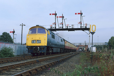 D1013 'Western Ranger' revs up out of Kidderminster station on the SVR. 11/10/96