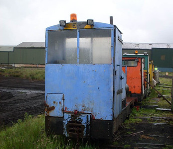 Esk (Motor Rail 7498/1940) was in the scrap line, having recently suffered a bent axle, apparently caused by a broken chain. Whether it will be repaired is not yet known.