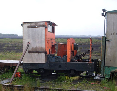 The rest of the locos in the scrap line were rathwe woebegone: This is Becky (Motor Rail 7215/1940).