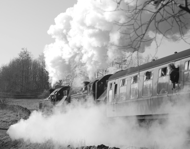 41312 (leaking steam) doubling up with 41241 as it attacks the climb up to Damems