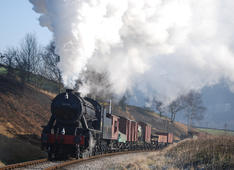 Perfect winter weather for the 2008 gala. 90733 on the morning freight