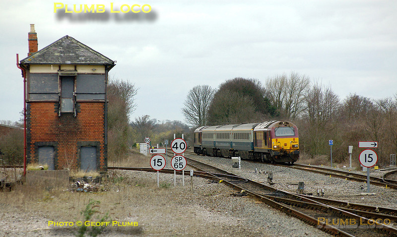The weather had turned dull again by the time the afternoon training run for the Wrexham & Shropshire drivers came through Princes Risborough. 67002 and 67017 top & tail 5Z23, the 14:02 Banbury to Marylebone working, passing the old North Signalbox as they approach the station, where a short stop was made. 14:38, Thursday 6th March 2008. Digital Image No. IMGP4028.