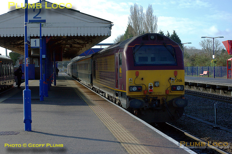 """The first morning run of the Wrexham, Shropshire & Marylebone Railway crew training special took place on Tuesday 26th February 2008. This was 5Z63, the 08:33 from Banbury to Marylebone, here passing Princes Risborough station, on time at 09:13, with 67017 """"Arrow"""" on the front of the three coach train and 67016 on the rear. Digital Image No. IMGP3916."""