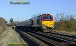 The WS&MR training specials soon settled down into their routine - 67017 & 67016 top & tail 5Z63 as they approach King's Sutton with the morning run, 08:33 Banbury to Marylebone at 08:38 on Wednesday 27th February 2008. Digital Image No. IMGP3931.
