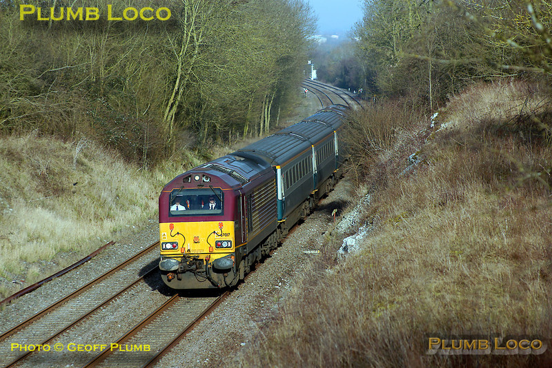 The WS&MR training runs continued on Thursday 28th February 2008, though the afternoon trains did not run. 67017 is at the head of 5Z63, 67016 on the rear, as the 08:33 from Banbury comes round the curve between Launton and Blackthorn, just south of Bicester, en route to Marylebone. Digital Image No. IMGP3956.