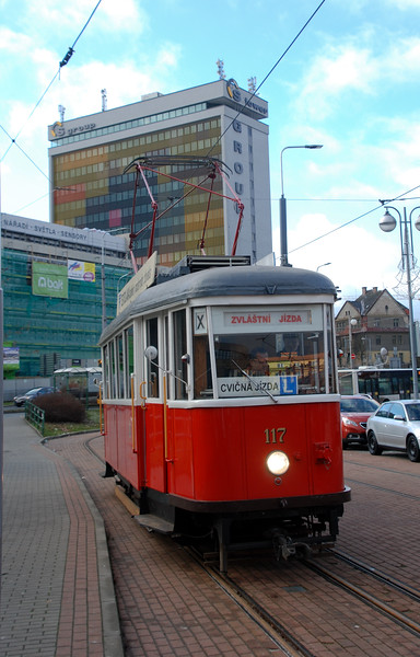 Came across local historic tram on a driver training trip in the centre of town which was heading up to Jablonec on Sunday morning when regular service is down to half hourly. So we followed it up the narrow winding valley which is also served by a CD line on the service tram which barrels its way up despite some steep grades and tight curves. (5/1/20)