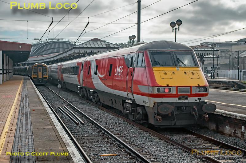 82214, York Platform 6, 1Y14, 4th July, 2021