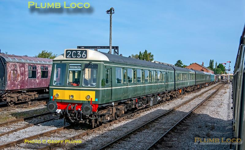 Class 117 DMU, Toddington, 21st September 2021
