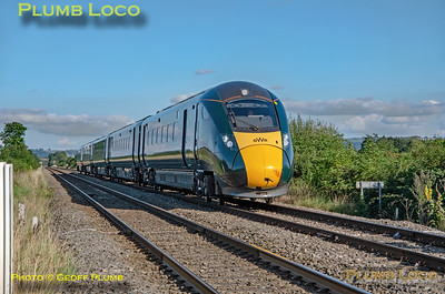 GWR 800 012, Clayfield Level-Crossing, 1W29, 20th September 2021
