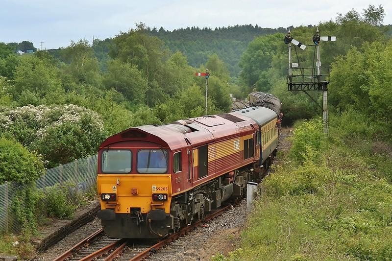59205 L Keith McNair with UK Railtours 1Z59 15:56 Carmarthen to London Paddington at Tondu 13/06/2009.