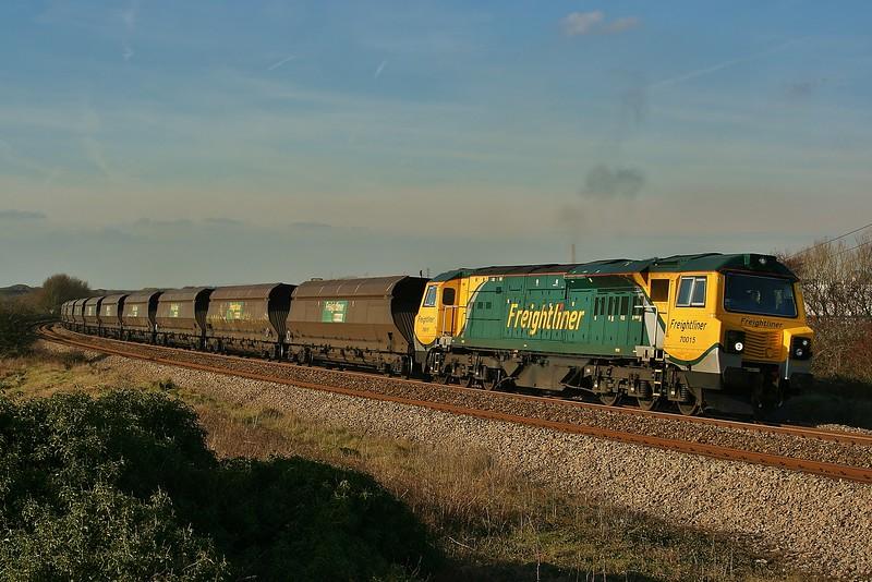 70015 4Z97 Port Talbot Grange to Stoke Gifford at Kenfig 03/02/2012.