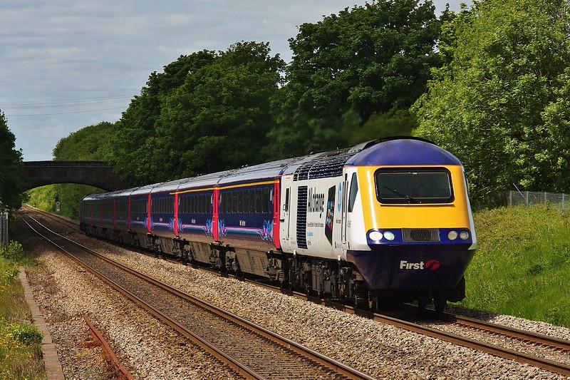 43186 & 43127 1L66 13:28 Swansea to London Paddington at Pyle 01/06/13.