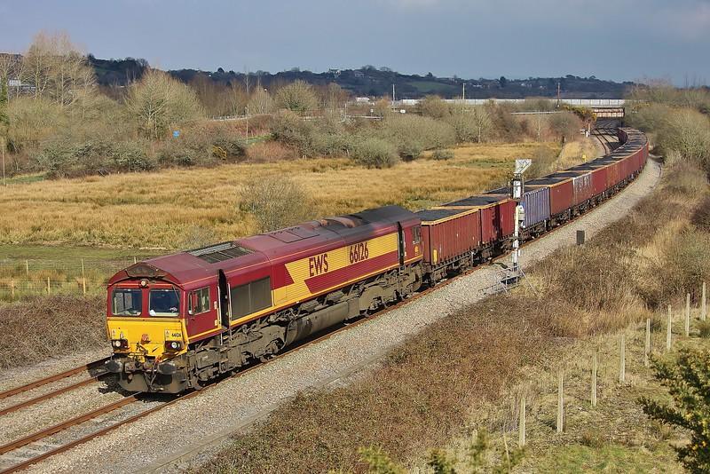 66126 6O70 Gwaun Cae Gurwen to Onllwyn coal approaching Llandeilo Junction 20/03/2013.