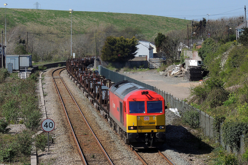60059 6H27 Margam to Llanwern at Aberthaw 13/4/14.