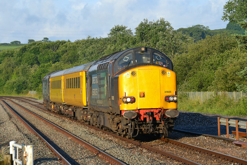 37605 T&T 37602 1Q05 Landore to Newport at Llangennech 27/06/14.