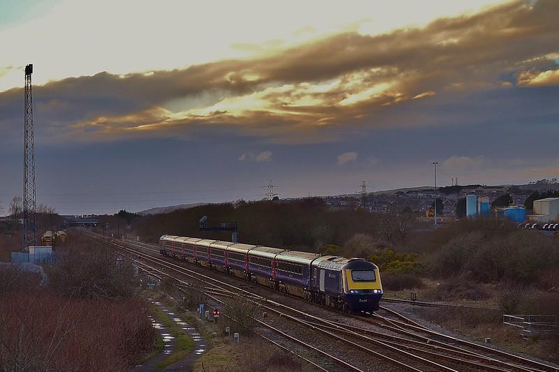 43036 & 43189 1L90 Carmarthen to London Paddington at Llandeilo Junction 01/03/15.