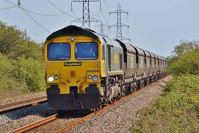 66564 4O11 Stoke Gifford to Onllwyn at Margam 5/5/16.