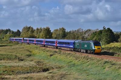 43041 & 43170 1L74 14:55 Carmarthen to London Paddington at Loughor 25/9/16.