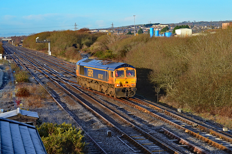 66767 0Z54 Llandeilo Junction to Cardiff Tidal at Llandeilo Junction 28/12/17.