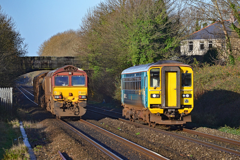 153362 2V36 05:16 Shrewsbury to Cardiff Central at Pyle 25/11/17 66117 & 66147 3S61 Margam to Margam via South Wales RHTT at Pyle 25/11/17.