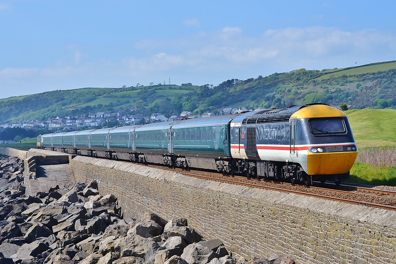 43185 & 43002 1L82 14:58 Carmarthen to London Paddington<br /> at Pwll 7/5/17.