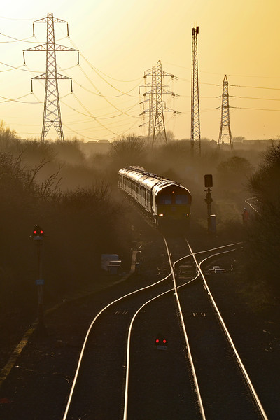 66230 top and tail 66150 1Z20 1405 Onllwyn Washery to London Paddington at Llandeilo Junction 10/3/18.