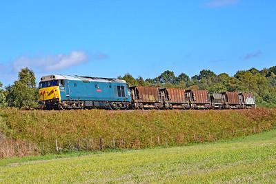 50008 'Thunderer' 13:55 Kidderminster to Highley at Rifle Range Heath 4/10/18.